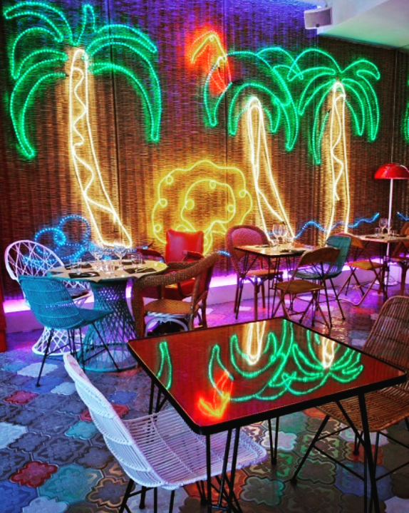 ab neon palmeras rockinchiclifestyle