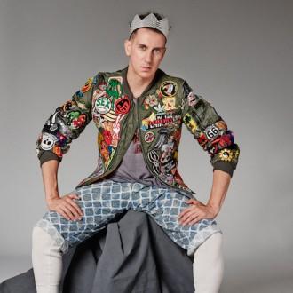 jeremy-Scott-The-people-s-designer-Moritz-Feed-Dog_rockinchiclifestyle