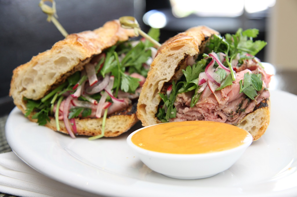 Roast-beef sandwich-rockinchiclifestyle