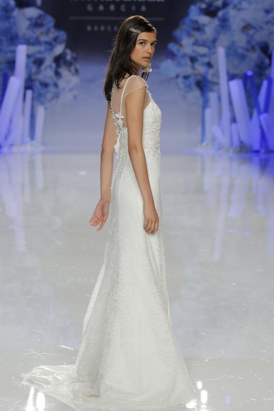 inmaculadagarcia_21-purity-bridal-rockinchiclifestyle