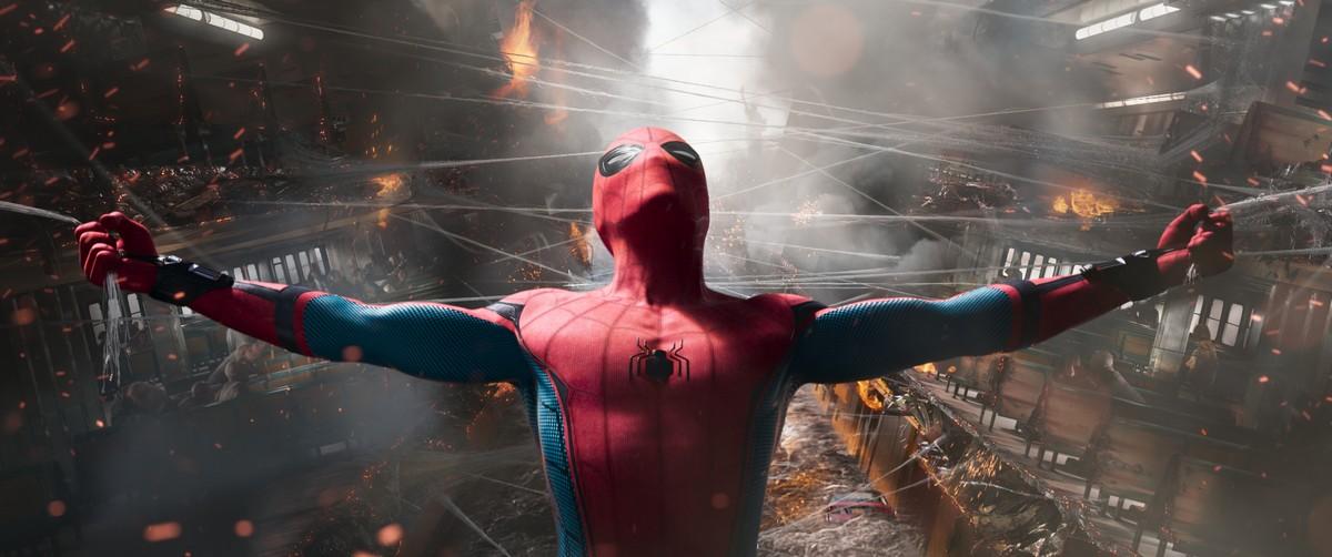 marvel-spider-rockinchiclifestyle-2