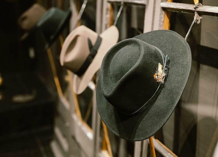 sombreros-les-catherinettes-rockinchiclifestyle