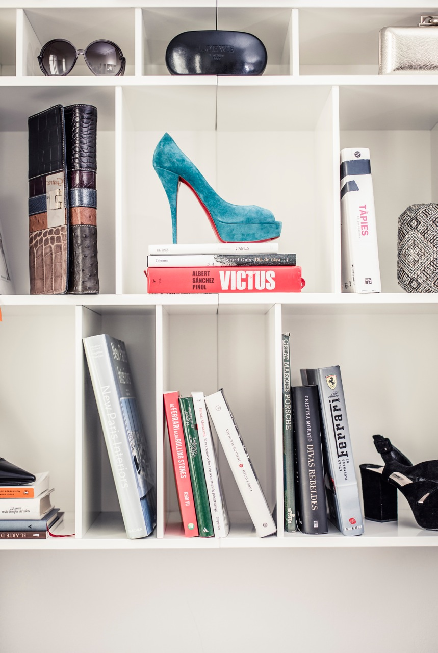 uxury-apartments-zapato-libreria-rockinchiclifestyle