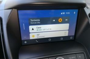 MANOS LIBRES: un imprescindible en el coche