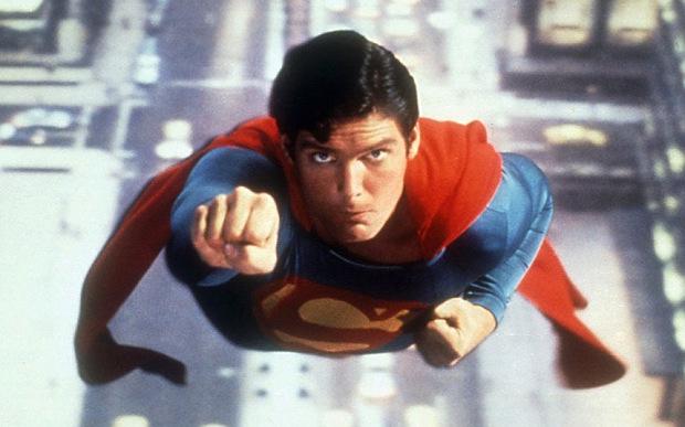 superman-c reeve-rockinchiclifestyle