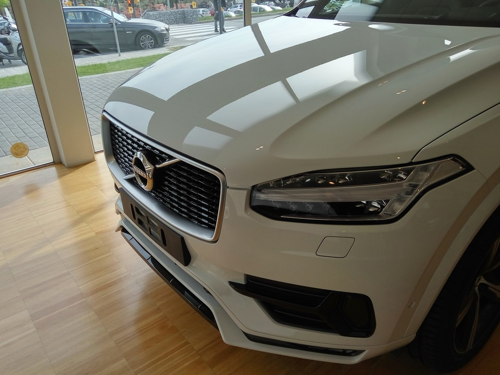 VOLVO-AUTO-SAENZ-ROCKINCHICLIFESTYLE4