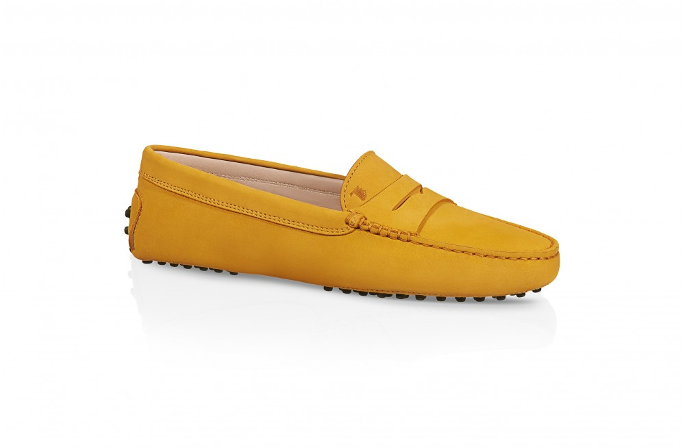 tod-s-gommino-driving-shoes-in-nubuck-yellow