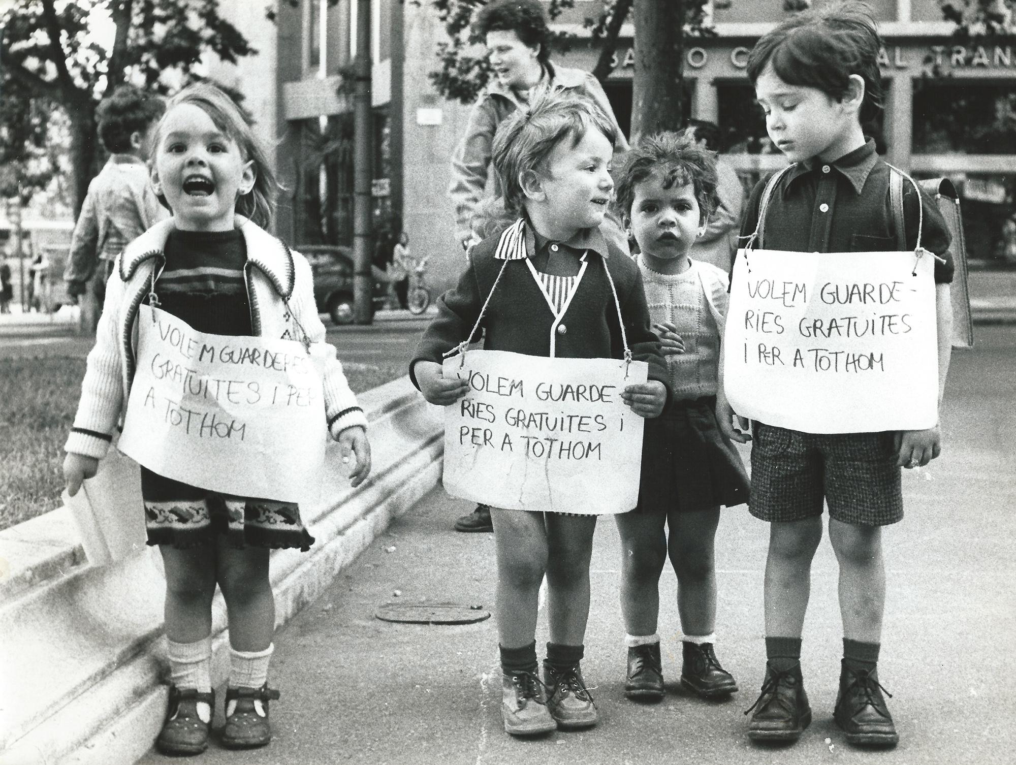 Primera manifestación autorizada de periodistas en 1976. PILAR AYMERICH
