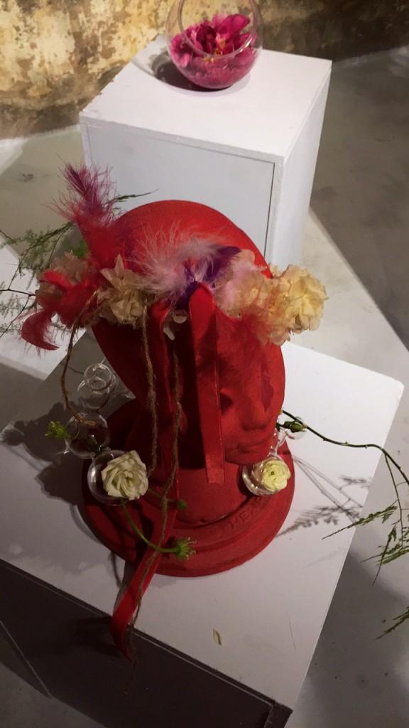 Flores-Luces de Neón-Lagutti-ROCKINCHIC-lifestyle-tocado