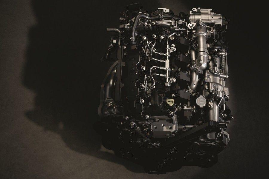 rockinchiclifestyle-motor-gasolina-diesel-motorskyactivex